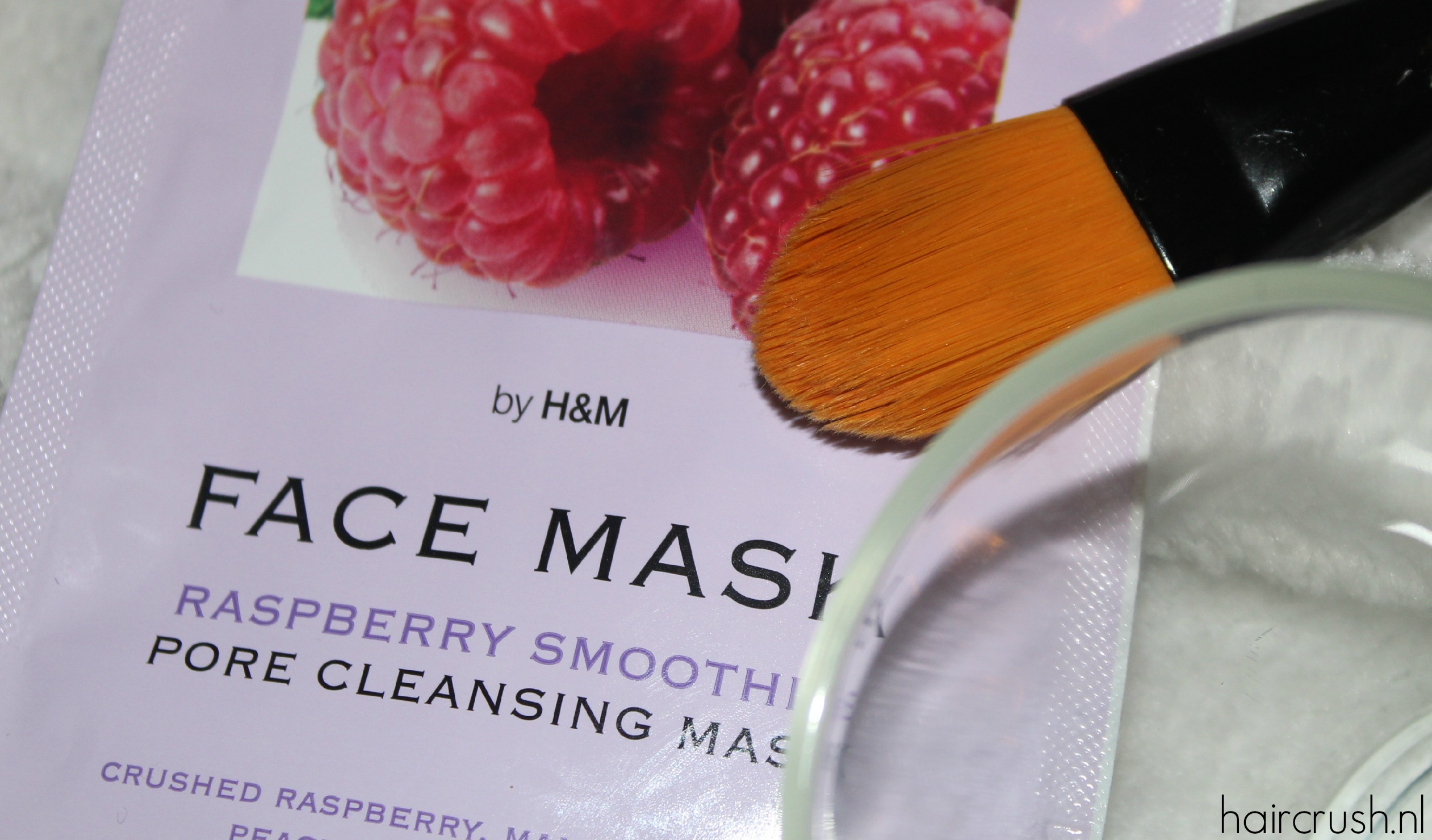 Raspberry Smoothie Pore Cleansing Face Mask02